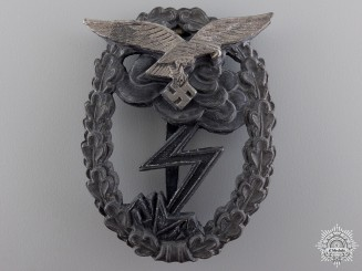 A Luftwaffe Ground Assault Badge by M.u.K. 5