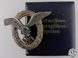 A Luftwaffe Pilot's Badge by Juncker with Case