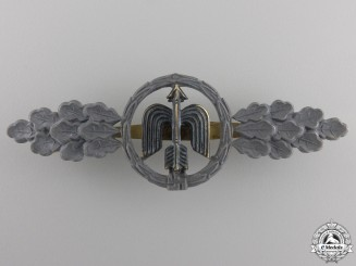 A Luftwaffe Short Range Day Fighter Clasp; Gold Grade