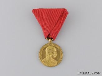 "A Miniature 1898 ""Signvm Memoriae"" Gold Grade; Military Version"