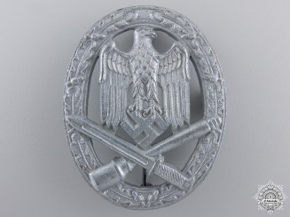A Mint General Assault Badge; Unmarked
