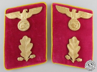 A Pair of Reich Level Abschnittsleiter Collar Tabs
