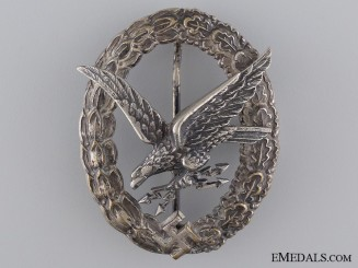 A Radio Operator & Air Gunner Badge with Lightening Bolts