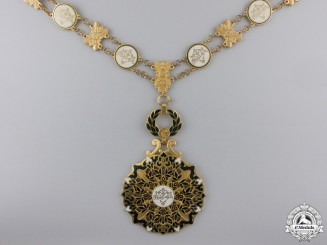 A Rare Algerian Order of National Merit; Adhir Class Collar