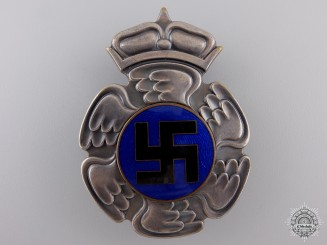 A Scarce Second War Finnish Pilot's Badge