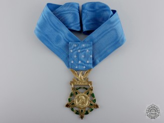 A Second War 1944-1964 American Medal of Honor; Type V Army Issue
