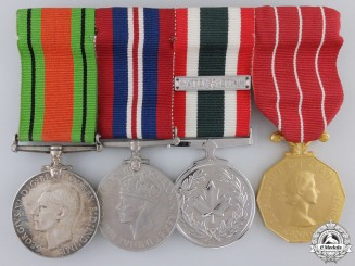 Canada, Commonwealth. A Second War & Nato Canadian Medal Bar