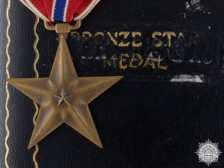 A Second War American Bronze Star with Case