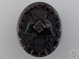 A Second War Black Grade Wound Badge
