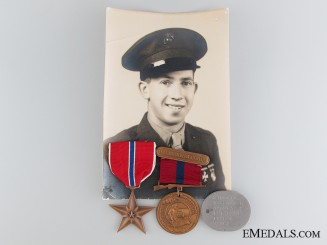A Second War Bronze Star Pair to the United States Marine Corps