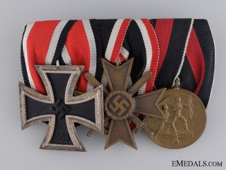 A Second War Iron Cross Medal Bar