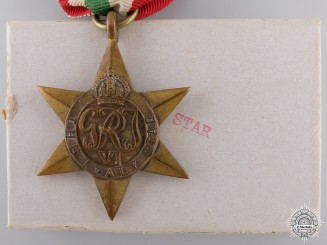 A Second War Italy Campaign Star with Box