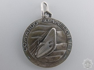 A Second War Italian Command Submarines Medal