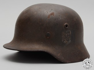 A Second War M40 Heer Single Decal Helmet