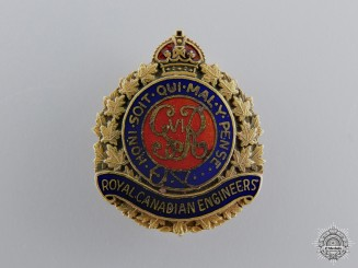 A Second War Royal Canadian Engineers Pin in Gold