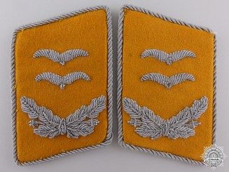 A Set of Luftwaffe Oberleutnant Collar Tabs