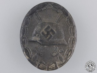 A Silver Grade Wound Badge