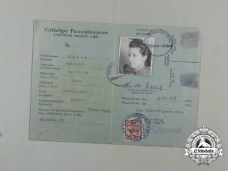A German/English preliminary ID card for Hildegard Hasse