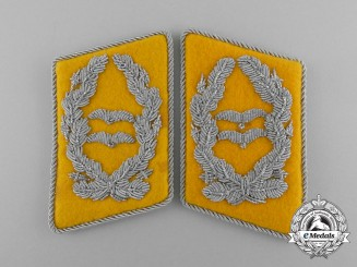 Germany, Luftwaffe. A Mint and Unissued Set of Flight/Paratrooper Oberstleutnant Rank Collar Tabs