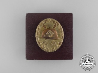 A Second War German Gold Grade Wound Badge in its Original Case of Issue