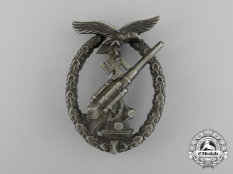 An Early War Luftwaffe Flak Badge by Juncker of Berlin