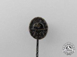 A Second War German Black Grade Wound Badge Miniature Stick Pin