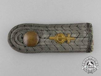 A First War Prussian Engineers Battalion Lieutenant's (Leutnant) Shoulder Board