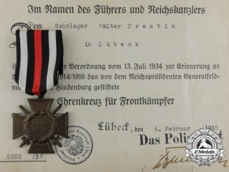 A Cased Named Honour Cross of the World War 1914/1918 by Orden-Herstellergemeinschaft
