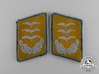 A Set of Luftwaffe Reserve Hauptmann Collar Tabs