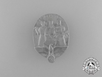 A 1935 National Day of Labour Badge