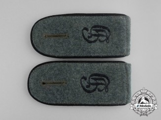 A Pair of Großdeutschland Division Combat Pioneer Enlisted Man Shoulder Straps