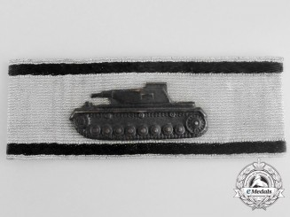 A Mint Badge for Single-Handed Tank Destruction: Silver Grade