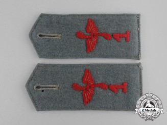 A Pair of First War Prussian Flyer Reserve Division Nr. 1 Shoulder Straps
