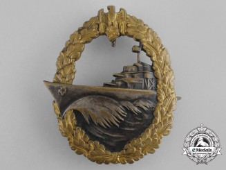 A Fine Early Quality Destroyer War Badge by Schwerin of Berlin
