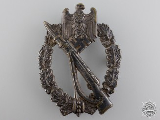An Early Infantry Badge; Silver Grade