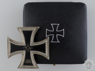 An Early Iron Cross First Class 1939; Schinkel Version