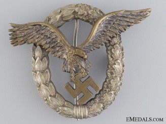 An Early Luftwaffe Pilots Badge by Juncker