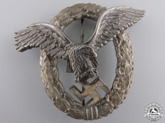 An Early Luftwaffe Pilot's Badge bu C.E.Juncker