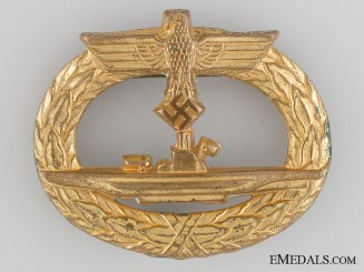 An Early Submarine War Badge; Rare Type
