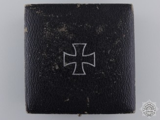 An Iron Cross 1st Class 1939 Case by Paul Maybauer