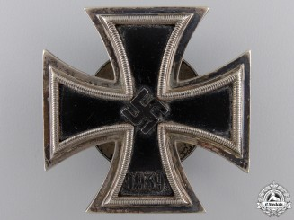 An Iron Cross First Class 1939 by Rudolf W¡_chtler & Lange
