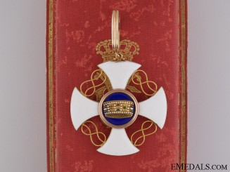 An Italian Order of the Crown of Italy in Gold; Commander