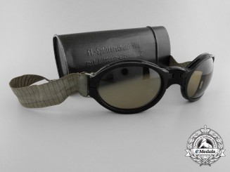 "A Rare Set of Luftwaffe  Airman's Splinter Goggles with Ultrasin Glasses ""D"""