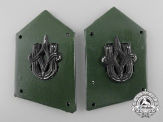 A Second War Pair of Croatian Army Collar Tabs; Pioneer/Technical Branch