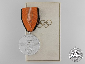 A Mint 1936 Berlin Summer Olympic Games Cased Medal