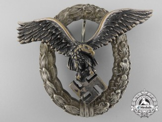 An Early Luftwaffe Pilot's Badge by Juncker, Berlin