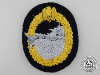 A Second War Kriegsmarine Destroyer War Badge; Cloth Version