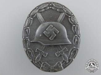 A Silver Grade Wound Badge by Klein & Quenzer