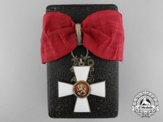 A Finnish Order of the Lion; Commander's Neck Cross with Case