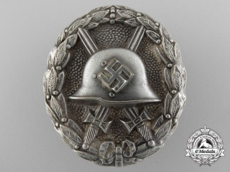 A Silver Grade Legion Condor Wound Badge